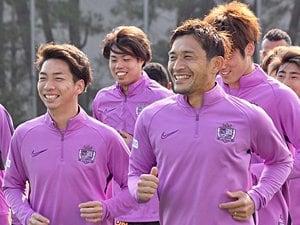 青山敏弘「川辺駿をサポートしたい」若き自分を支えた森崎和幸のように。