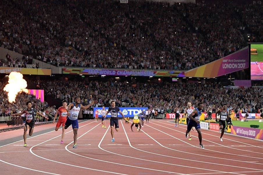 世陸での衝撃はロンドンの運営面。交通機関タダ、東京五輪はできる?<Number Web> photograph by AFLO