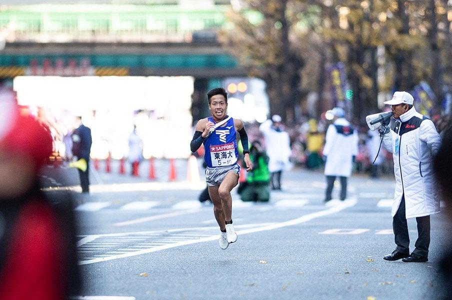 「最強」の青学が箱根で負けた理由。東洋、東海が全てをかけた4区勝負。【2019年上半期 陸上部門1位】