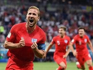 W杯初戦2発でイングランド国宝に!?ケインは家族とファンに優しい男。