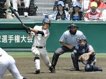 大量18点を生んだプレーボールヒット。鹿実が味方にした甲子園の不思議。<Number Web> photograph by Kyodo News