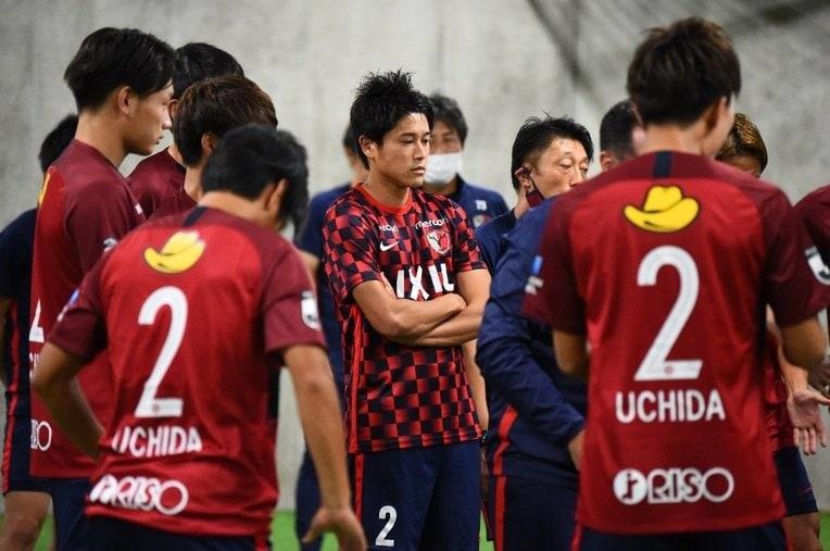 試合前、内田から言葉をかけられた三竿は涙が溢れてきたという ©︎J.LEAGUE  / photograph by