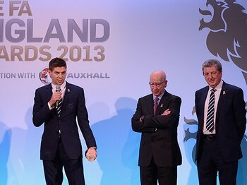 若手の伸び悩みに苦しむイングランド。好調ブンデスの「育成」と何が違う!?<Number Web> photograph by The FA via Getty Images