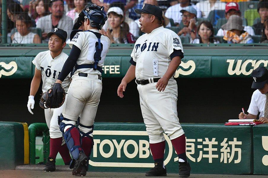 大阪桐蔭は選手の進学先を調査する。監督は大学の補強ポイントまで把握。<Number Web> photograph by Hideki Sugiyama
