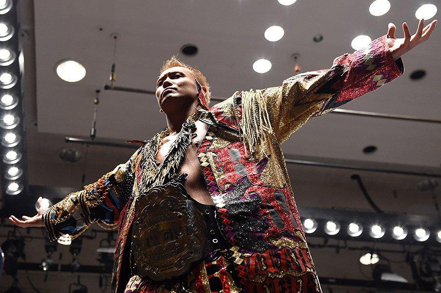 """オカダ・カズチカは本当に現代的か?天龍源一郎と通底する""""プロレス観""""。<Number Web> photograph by Essei Hara"""
