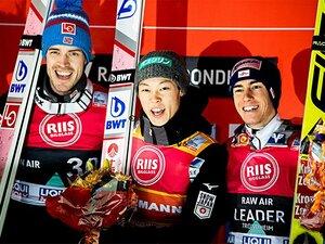 日本人初のジャンプW杯総合優勝。小林陵侑は「他の惑星の人間だ」
