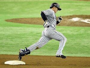 """なぜ、走塁はすぐ疎かになるのか。阪神とヤクルトにある""""差""""とは?"""