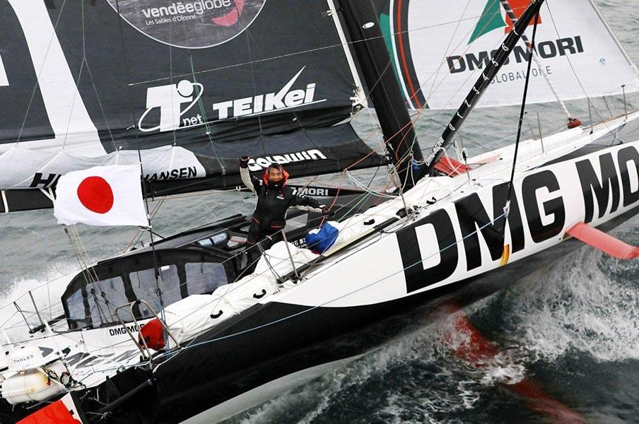 フランスが不屈の日本人に「ブラボー!」 白石康次郎が53歳で世界一過酷なヨットレースを完走するまで