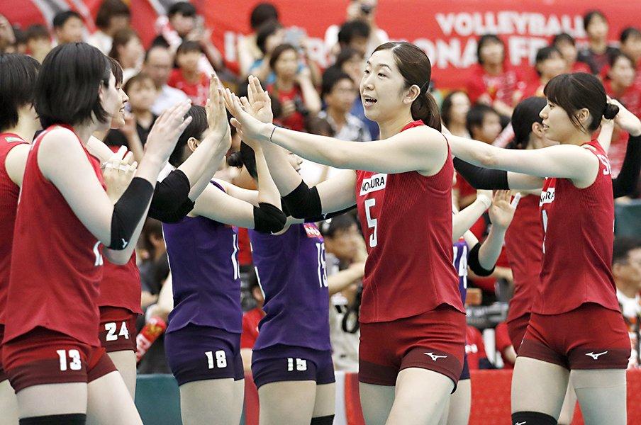 女子 全日本 メンバー バレーボール