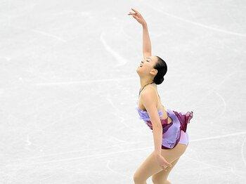 15歳で初優勝し、23歳で連覇――。浅田真央が守り抜いた女王の誇り。<Number Web> photograph by Asami Enomoto