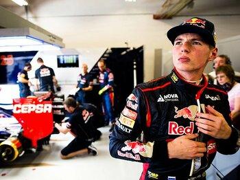 免許を持たないF1ドライバー誕生!17歳・フェルスタッペンに議論沸騰。<Number Web> photograph by Getty Images
