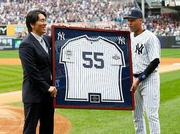 松井秀喜の心を震わせた、異例の引退セレモニー。~ヤンキースが称えた7年間の功績~<Number Web> photograph by Yukihito Taguchi