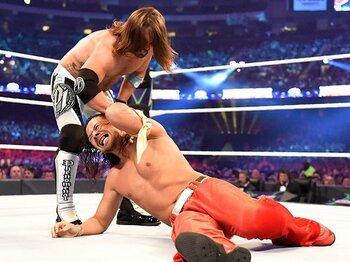 中邑真輔まさかの敗北&ヒール転向!!大騒動になったWWEタイトル戦速報。<Number Web> photograph by (C)2018 WWE, Inc. All Rights Reserved.