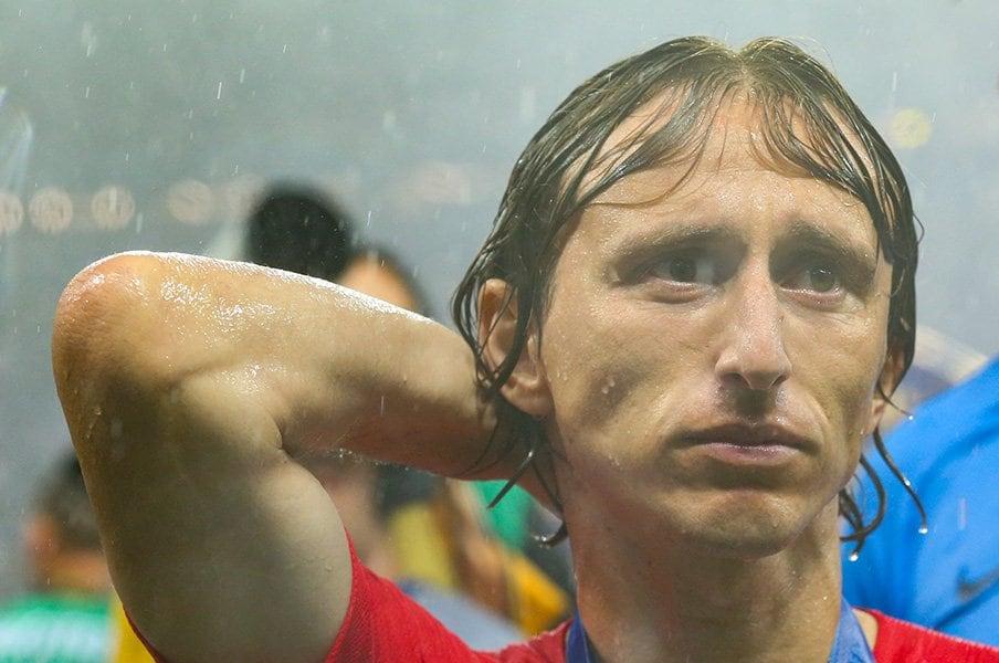 モドリッチ、泣き顔でのW杯MVP。誰よりもタフな天才に世界が虜に。<Number Web> photograph by Getty Images