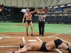 """「路上プロレス in 東京ドーム」大成功。DDTがブチ上げた""""本気のデタラメさ""""。"""