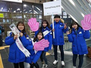 極寒と不安山積の平昌五輪だが……。現場のボランティア、市民は温かい。<Number Web> photograph by Takaomi Matsubara