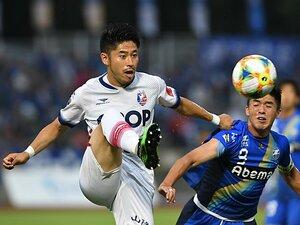 田中裕介が知る中澤と憲剛の凄み。岡山のJ1昇格へ「自分と向き合う」。