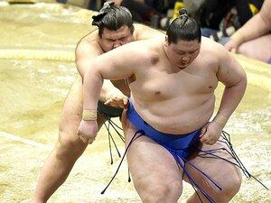 """相撲は低く当たった方が本当に有利?逸ノ城で考えた""""欠点""""と伸びしろ。"""