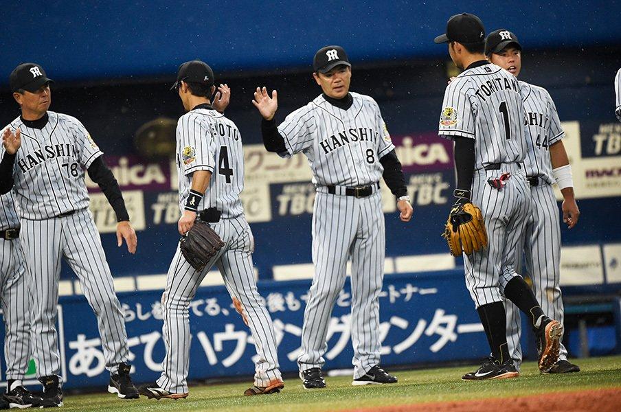 """3位を""""譲られた""""阪神がCSに挑む。和田監督の終幕に「大義」はあるか。<Number Web> photograph by Naoya Sanuki"""