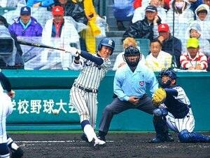"""センバツ優勝投手・平沼をショートに。日本ハムの""""一歩先を行く""""スカウト。"""