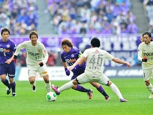 """たかが34分の1勝、されど大きい――。浦和が開幕戦に乗せた""""トッピング""""。"""