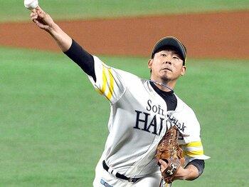 """黒田よりも、松坂こそがスタンダード。""""引退ではなく日本復帰""""の筋道を。 <Number Web> photograph by NIKKAN SPORTS"""