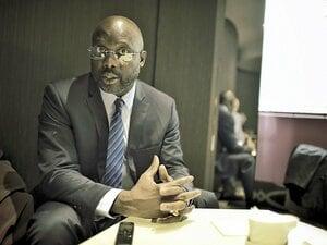 サッカー選手がリベリア大統領に!?ジョージ・ウェアが政権奪取間近。