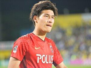 浦和・橋岡大樹は足がつっても走る。いつか兄と共演、A代表を目指して。