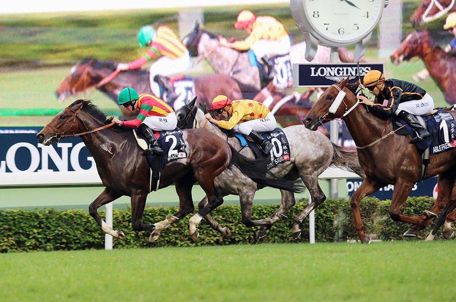 マイラーは「短距離馬」でいいのか?モーリスと外国人騎手で考えるJRA賞。<Number Web> photograph by Kyodo News