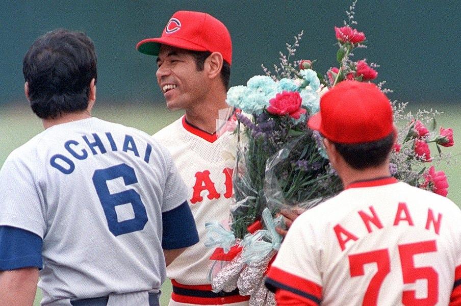 衣笠祥雄&山本浩二はONにも匹敵。18年で4657安打のスーパーコンビ。<Number Web> photograph by Kyodo News