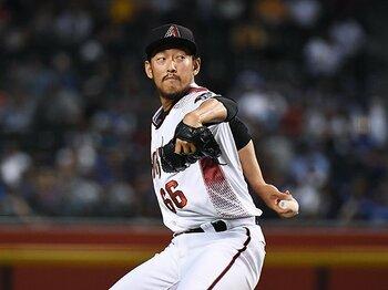 日本人新記録のシーズン74登板。平野佳寿のフル回転を支える人物。<Number Web> photograph by Getty Images