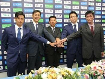 """平凡な選手が指導者になった時……。西武・星孝典が目指す""""コーチの星""""。<Number Web> photograph by Sankei Shimbun"""