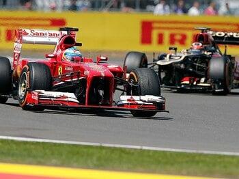 フェラーリ、ライコネン獲得!!2人の王者を並べた跳ね馬の本気度。<Number Web> photograph by AP/AFLO