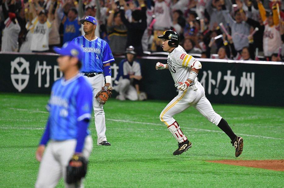 DeNAのPV映像はなぜ屈辱で始まる?「過去」こそが横浜の力の源泉だ!<Number Web> photograph by Hideki Sugiyama