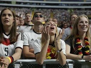 """子どもを""""追い込まない""""環境を!ドイツサッカー界で進む育成改革。"""