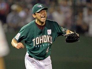 生まれ故郷で初優勝を――。斎藤隆43歳、魂のマウンド。~東北に歓喜呼ぶ、楽天での力投~