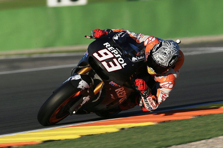 ブラックボックスだった制御装置。共通化で、MotoGPは相互監視時代に。<Number Web> photograph by Satoshi Endo