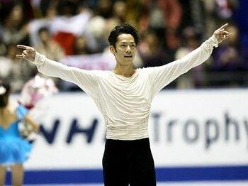 3度目の五輪へ、3度目の試練に克つ。高橋大輔が全日本へ「今できること」。<Number Web> photograph by AFLO SPORT
