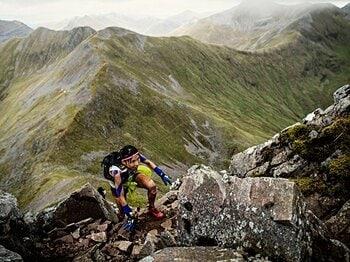 山を走って世界一を目指す女性研修医。医師国家試験前の悪夢を乗り越えて。<Number Web> photograph by Sho Fujimaki