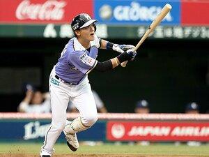 """栗山流""""全員野球""""の重要選手に。石川慎吾の情熱、暴走、右方向。"""