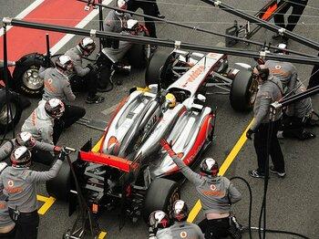 F1開幕戦を控えた最終テストにて。バルセロナで火花散らせる情報戦!<Number Web> photograph by Hiroshi Kaneko
