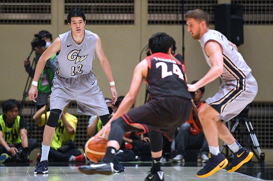 バスケ男子代表、米大学生に3連敗。東京五輪への険しい道のり。<Number Web> photograph by AFLO SPORT