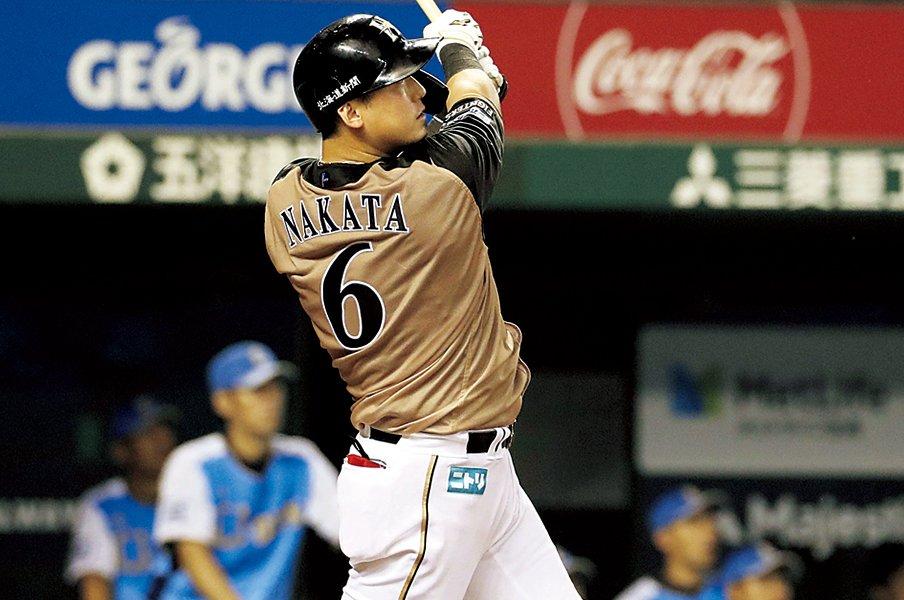 「ホームランが照れ臭くて」中田翔、9歳の思い出。~野球人生で初めて打った1本~<Number Web> photograph by KYODO