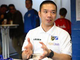 オランダに挑む日本人監督。 林雅人