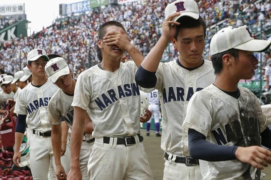 習志野には「人間の教科書」がある。小林監督が敗れても悔やまない理由。<Number Web> photograph by Kyodo News