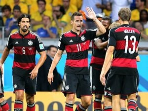 """11人のチームと、""""独裁者""""の決勝戦。「至高のW杯」はどちらの手に。"""