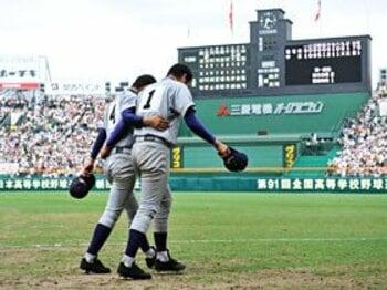 泣くな雄星!逆転の花巻東、散る。<Number Web> photograph by Hideki Sugiyama