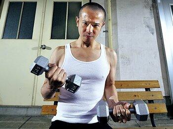 <お笑い芸人は、なぜ体を鍛えるのか?> 庄司智春 「目指すは60歳になっても筋肉芸人」<Number Web> photograph by Takuya Sugiyama