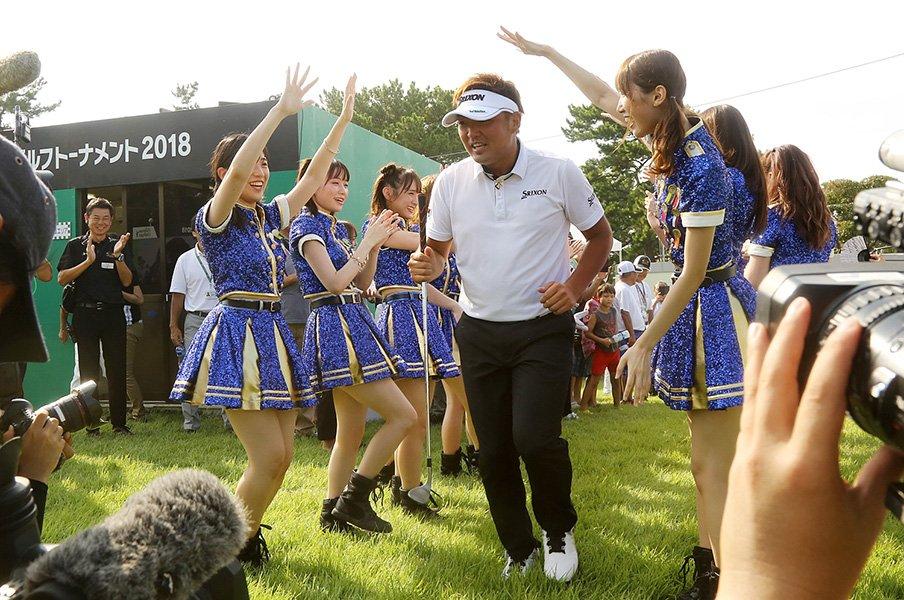 "HKT48と会える男子ゴルフツアー。夏フェスを作り上げた""門外漢""。<Number Web> photograph by Yoichi Katsuragawa"