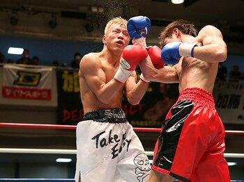 """日本のリングで続く、アップセットの魅力。~新鋭ボクサーを食う""""咬ませ""""~<Number Web> photograph by BOXING BEAT"""